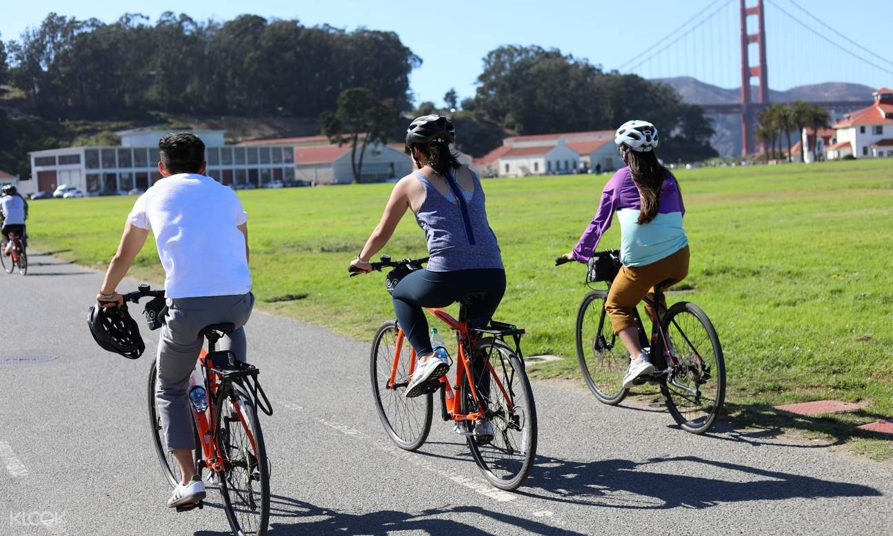 tourists cycling